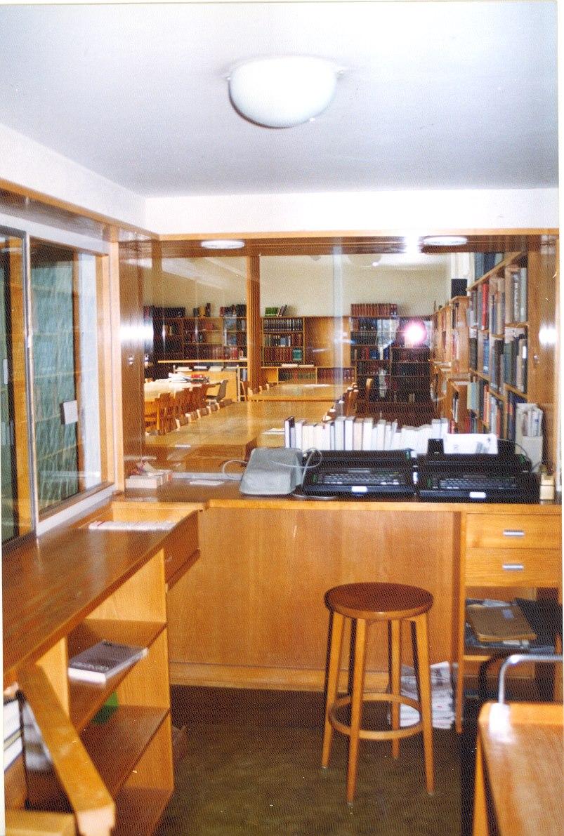 Library checkout desk at Ruschlikon